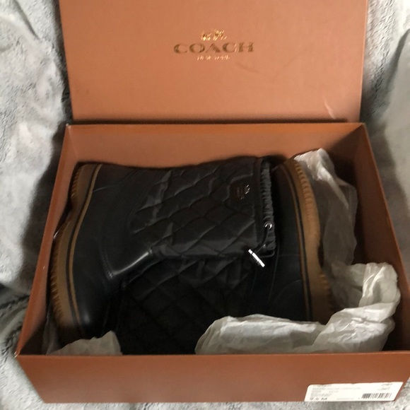 Coach Samara Aniline Quilted Winter Snow Boots